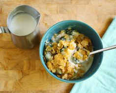 Night cereal: a super easy and fun dinner recipe