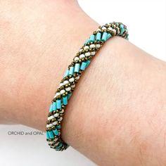 Seed Bead Bracelets Tutorials, Beaded Bracelets Tutorial, Beaded Bracelet Patterns, Beading Tutorials, Beaded Jewelry Designs, Bracelet Designs, Lace Jewelry, Opal Jewelry, Jewelry Crafts