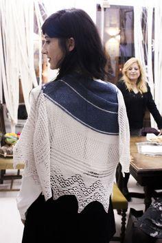 Bord de Mer in Olivia by Ovelha Negra for Joana N.'s birthday 2015 - Must knit one for myself :)