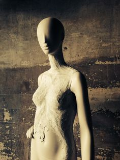 """""""from Mannequin to Statue"""", Ophelia's New Transformation, pinned by Ton van der Veer"""