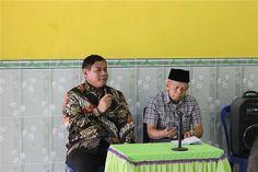 Ketua Yayasan Pak nanang Samodra bersama Mr Kalen Pendiri BEC (Basic English Course) Kampung Inggris Pare Kediri Jawa Timur