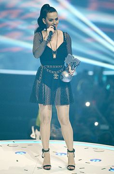 2013 MTV EMAs: The Complete List of Winners - Us Weekly
