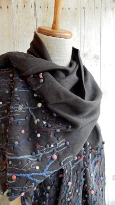 Brothers and Sisters scarf – French Needlework Kits, Cross Stitch, Embroidery, Sophie Digard – The French Needle