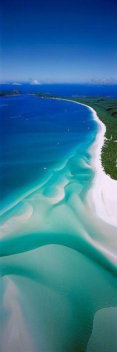 This beach looks incredible! My goodness… Whitehaven Beach, Whitsunday Islands, Queensland, Australia #travel #Australia
