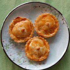 Ainda em testes: Torta de Legumes sem glúten e lactose (creme de leite sem glúten e lactose,  cenoura e abobrinha )    #pie #vegetables #glutenfree #lactosefree @donamanteiga #donamanteiga #danusapenna #gastronomia #food #dessert #pie www.donamanteiga.com.br