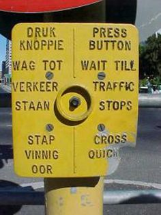 Druk op het knopje! Afrikaans, Pretoria, My Heritage, Funny Signs, Cape Town, Wooden Signs, South Africa, Road Trip, Funny Humor