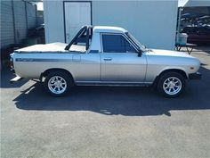 1400 bakkie Small Trucks, Mini Trucks, Nissan Sunny, Mercedes Benz Cars, Toyota Hilux, Pickup Trucks, Cars And Motorcycles, John Paul, Vehicles