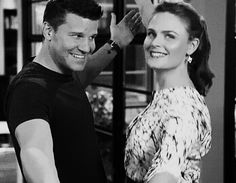 the smile David gives Emily is just beautiful - they have an amazing friendship Bones Series, Bones Show, Tv Series, Bones Booth And Brennan, Freddy Rodriguez, Temperance Brennan, Charmed Book Of Shadows, Beauty And The Best, Emily Deschanel