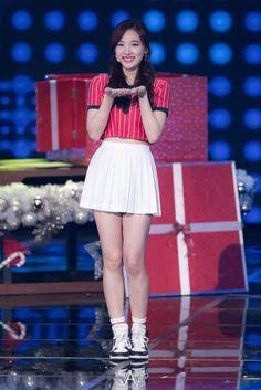 Kpop Girl Groups, Kpop Girls, White Skirts, Mini Skirts, American Apparel Tennis Skirt, Nayeon Twice, Im Nayeon, China Girl, K Idols