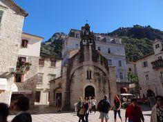 Fachada  de uma Igreja Kotor Montenegro