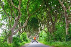 Saltando en el camino del rey, King's Road. Juego de Tronos en Irlanda del Norte