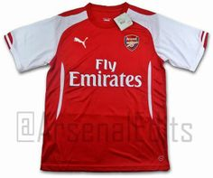Ésta es la camiseta del Arsenal 2014/15 diseñada por Puma