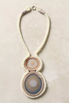 DIY Anthropology-Inspired Agate Slice Necklace (craaap! now I need to learn how to crochet - ugh.)