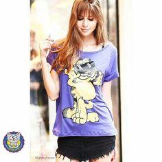 Camiseta Garfield Marra - Se você também tem um Garfield dentro de você, odeia segundas, acordar cedo e tem o café como espinafre para o Popeye, essa t-shirt foi feita para você e seu humor (ou a falta dele).   http://www.catmypet.com/camiseta-garfield-marra
