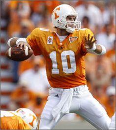Erik Ainge Tennessee Volunteers Football, Tennessee Football, Vol Nation, Pat Summitt, Tn Vols, University Of Tennessee, Good Ol, Football Helmets, Sports