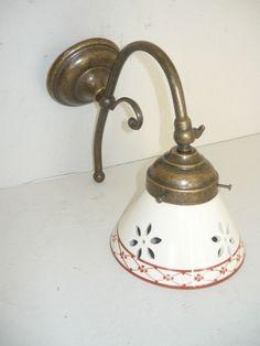 Applique da parete in ottone anticato bagno ingresso con ceramica traforata | eBay