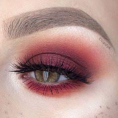 #GlossyboxUK #Makeup #January2017 #Aubergine #Eyeshadow