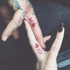 35 couple tattoos - King and Queen of hearts couple tattoos
