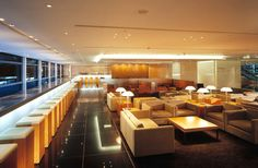 Cathay Pacific Airways Lounge | Main Lounge
