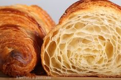 A croissant is a buttery, flaky, viennoiserie-pastry named for its well-known crescent shape. Croissants and other viennoiserie are made of a layered yeast-leavened dough. Bread Recipes, Baking Recipes, French Croissant, Croissant Dough, Butter Croissant, Breakfast And Brunch, French Pastries, Food To Make, Food And Drink