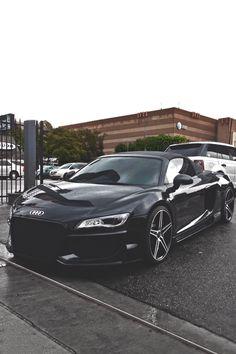 Audi R8 V10 Spyder   Black x Custom