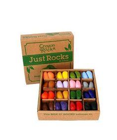 Crayon Rocks zijn gemaakt van sojabonen uit de VS en zijn gekleurd met natuurlijke minerale pigmenten uit planten. De krijtjes zijn volledig natuurlijk en niet toxisch.  Deze doos met 64 krijtjes in 16 kleuren is uitermate geschikt voor, peuterspeelzalen, kinderopvang, school of de yogalessen, maar natuurlijk ook handig voor thuisgebruik! Crayon Rocks zijn geschikt vanaf 3 jaar. #ooiebeest