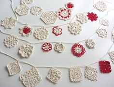 Flowers garland crochet doily by Chez Violette