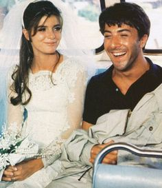""""""" Katharine Ross and Dustin Hoffman on the set of The Graduate, 1967. Director: Mike Nichols. """""""