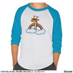 Colorida Jirafa. Giraffe. Arcoiris, rainbow. T-Shirt. Producto disponible en tienda Zazzle. Vestuario, moda. Product available in Zazzle store. Fashion wardrobe. Regalos, Gifts. #camiseta #tshirt
