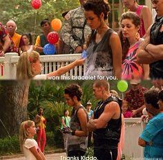 "Star-Crossed ... little Kid, Teri and Drake ... ""I want this bracelet for you."" - ""Thanks Kiddo."""