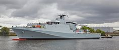 'HMS Forth' passing Braehead - 21 August 2016 Navy News, Navy Ships, Aircraft Carrier, Royal Navy, Aviation, British, Military, Boat, River