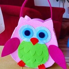 Keçe baykuş çanta. Siparişleriniz için kecehane@gmail.com #keçe #felt #bag #keçeçanta #feltbag ...