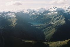 Wanaka 1 by Das Hilde - Mountain Scenery Photography