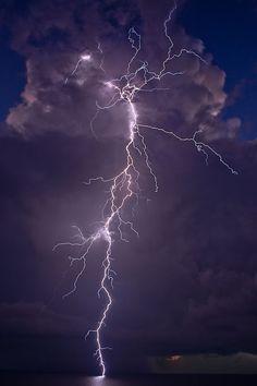 Lightning via whatzyourfantazy: TERMINATOR