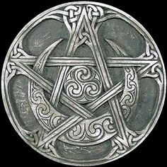 Patens at New Moon Occult Wicca Witchcraft Pagan Shop Wiccan Symbols, Celtic Symbols, Celtic Art, Ancient Symbols, Spiritual Symbols, Pentacle, Wicca Witchcraft, Magick, Pagan Witch