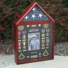 Get the best news on Military Medals, Ribbons and more from Medals of America! Medal Display Case, Award Display, Coin Display, Display Cases, Military Shadow Box, Military Love, Military Pins, Medals Of America, Military Crafts