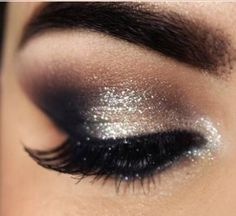 For a night out where drama and sophistication are the watchword, a smoky eye look could be just the thing. It doesn't take a makeup artist to do this, either; here's how to create smoky eyes with the makeup most people have at home. Silver Eye Makeup, Smoky Eye Makeup, Glitter Eye Makeup, Kiss Makeup, Love Makeup, Beauty Makeup, Hair Makeup, Smokey Eyeliner, Night Makeup