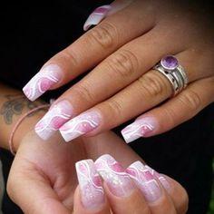 Decorazione sfumata dal rosa al bianco per un mix di onde da far perdere la testa https://www.facebook.com/photo.php?fbid=10152405168343453&set=pb.271651468452.-2207520000.1397137510.&type=3&theater