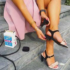 Schoenen met verwisselbare hak, geniaal! Perfect voor een lange avond uit. Lees meer in ons blog