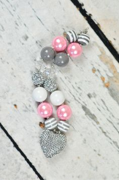 PInk gray and rhinestone Chunky Beaded Necklace by rubyblueinc, $30.00  (LOVE THE GRAY STRIPE BEADS)