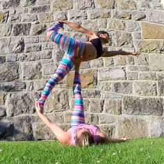 Happy friday!  Acroyoga class tonight @UpwardDogYoga 7:30pm. We'll be working on progressions towards the elusive London Spin (also known as Coin Drop). No partner or experience necessary come and play! :) #Acroyoga #AcroyogaOttawa #Balance #Acrobatics #PartnerYoga #Yoga #Ottawa #OttawaYoga #613 #LoveMyDharmaBums #SmileyOm #Balance #Fun #Colour #Smile #AcroRevolution #LondonSpin #FitCouple #Fitspo #Exercise #Stretch