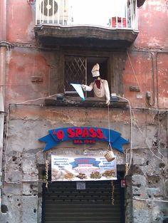 Pulcinella on the window