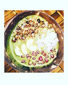 Serpenyős granola Smothie Bowl, Granola, Acai Bowl, Breakfast, Food, Acai Berry Bowl, Morning Coffee, Essen, Meals
