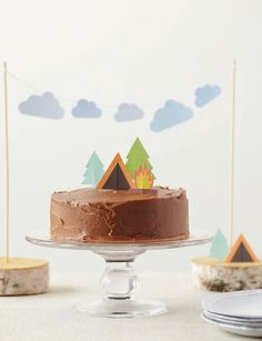 Camping party - cute camping cake. Can i have this as my bday cake? Even tho I don't like cake?