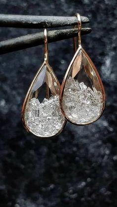 Ear Jewelry, I Love Jewelry, Jewelery, Silver Jewelry, Jewelry Accessories, Fashion Accessories, Fashion Jewelry, Unique Jewelry, Jewellery Shop Design