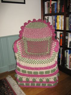 Noreen1009's Take on the Not-So-Ubiquitous Knitted Chair #knit #knitting #knithacker #pattern