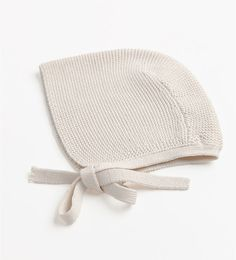 Image 2 of KNITTED BONNET from Zara