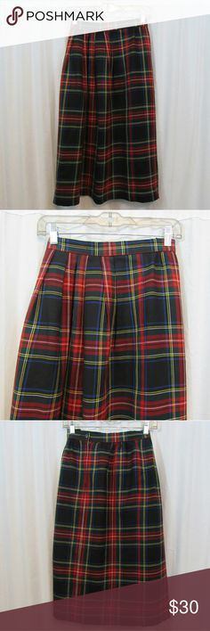 "Lands End Plaid Long Wool Skirt 6P Brand: Lands End Size: 6P Material: 100% Wool Lining: 100% Acetate Care Instructions: Dry Clean Waist: 25"" Length: 29""  All clothes are in excellent used condition. No tears, stains or holes unless otherwise I noted.   P114 Lands' End Skirts Midi"