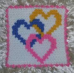 Bargello, Baby Knitting Patterns, Pixel Art, Crochet, Pot Holders, Hello Kitty, Lily, Kids Rugs, Home Decor