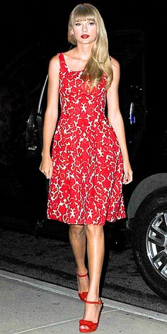 Taylor Swift - this 50s inspired ensemble is pretty as a picture on you.